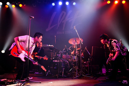 zazen_boys.jpg