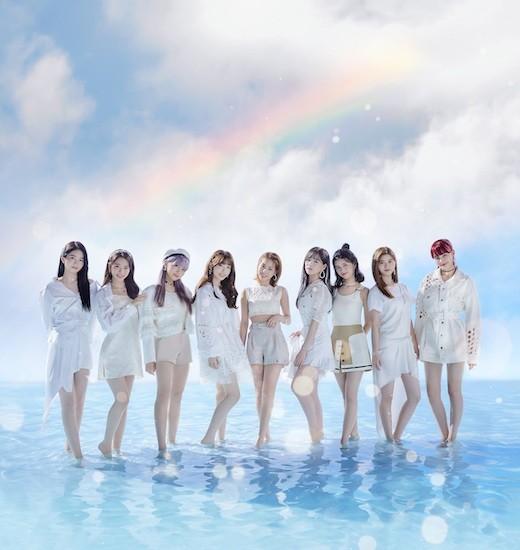 【12.2】NiziU Debut SG『Step and a step』メインアー写_S.jpg