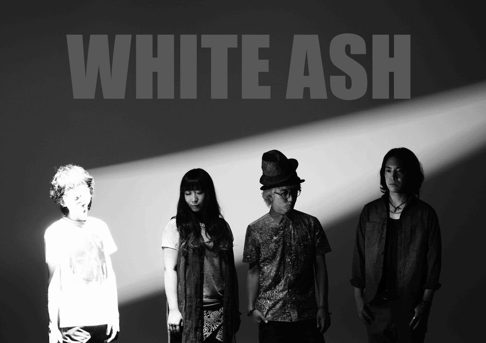 WHITE ASH、Xmas Special Studio Live 生配信決定&新曲配信スタート!