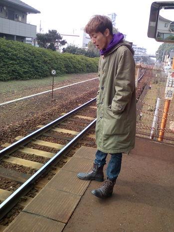 ひとりトモフ駅カラー.jpg