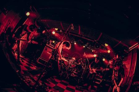 9mm Parabellum Bullet、9月からの自主ツアーに各会場ゲストを迎え実施、更に追加公演11月5日(土)豊洲PIT決定!