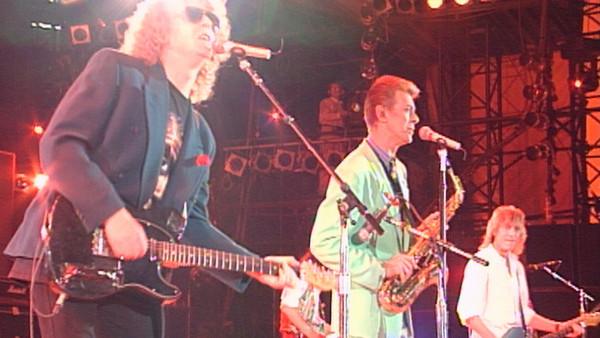 Beside Bowie_.11.jpg