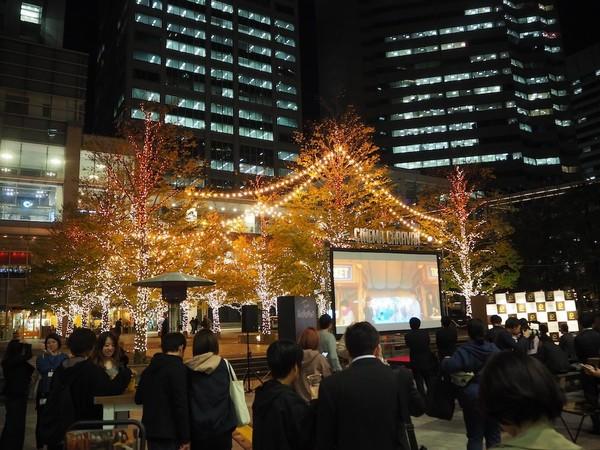 イルミネーションの野外で映画を観られる「品川国際映画祭」開催! 和泉元彌、井桁弘恵がオープニングに登場!