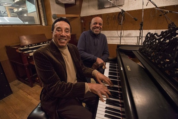 sub01(SMOKEY ROBINSON&BERRY GORDY Jr.).jpg