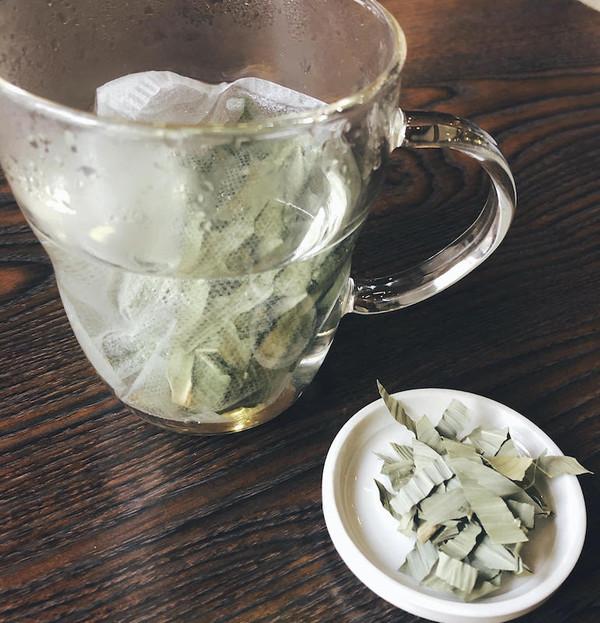 クマザサ茶.jpg