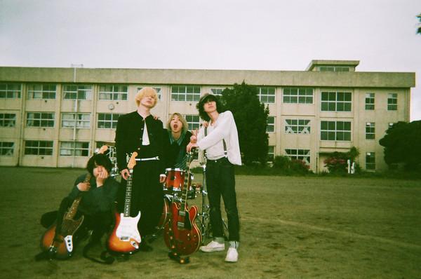 WOMCADOLE、ノベル・コンセプトアルバム『旅鴉の鳴き声』発売決定! リリースツアー開催!