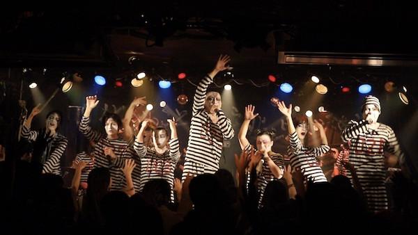 Ikinige_Shujinhakurankai_1st_LivePhoto_002.jpg