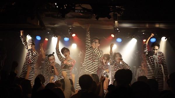 Ikinige_Shujinhakurankai_1st_LivePhoto_01.jpg