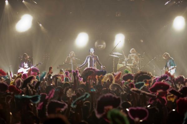 【ライブレポート】新作アルバム、最高傑作「Q」のリリースを発表!今まさにデビュー以来、二度目の絶頂期を迎えようとしている女王蜂が赤坂BLITZを揺らした夜