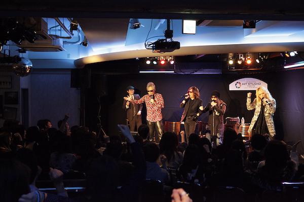 【イベントレポート】筋肉少女帯、トーク&カラオケのスペシャルイベント開催。レア曲歌唱で幸運なファンを魅了!