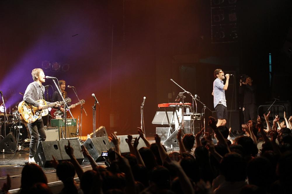 【ライブレポ−ト】ホフディラン、デビュー20周年を記念ライブで締めくくり!「これからの20年もよろしく」