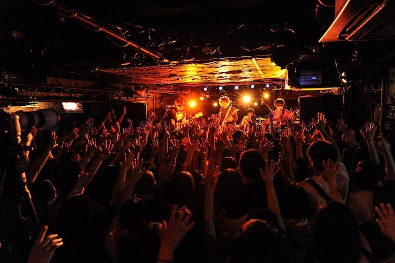 【ライブレポート】The Floor、初ワンマンツアーがSOLD OUT東京公演よりスタート!