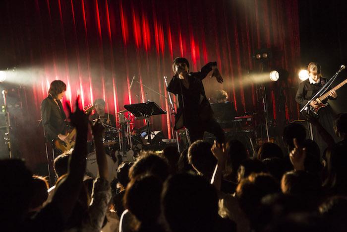 【ライブレポート】佐々木亮介[a flood of circle]、 『Juke Joint Tour