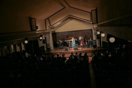 【ライブレポート】笹川美和、東京公演にてデビュー15周年の幕を開けるアルバム発売を発表。大橋トリオや安藤裕子らが楽曲提供。