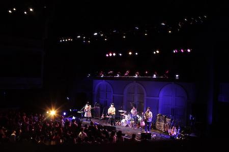 【ライブレポート】D.W.ニコルズ、毎年恒例のニューイヤーコンサート大盛況!春にはリリースツアー&ファミリーライブを開催!