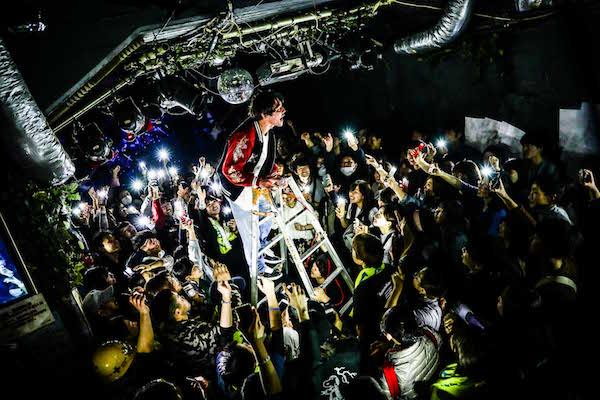 【ライブレポート】パノラマパナマタウン、全14公演「HEAT ADDICTION TOUR」初日を、バンドの始まりの場所、神戸「太陽と虎」にてスタート