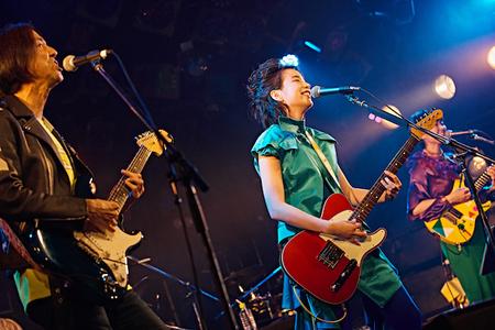 のん渋谷クアトロw高野0756.jpg