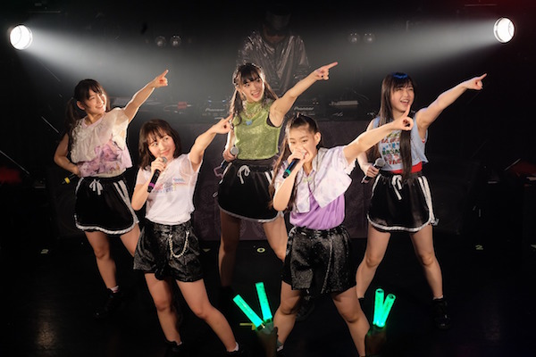 【ライブレポート】たこやきレインボー、夏の東西野音2DAYSライブ決定!DJ KOO&なにわンダーたこ虹バンドも参加!
