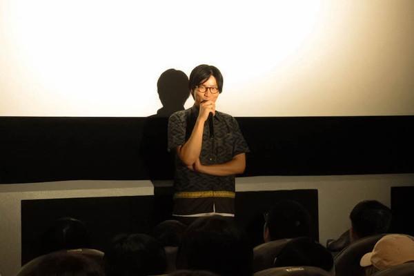 初日_神谷監督_2.jpg