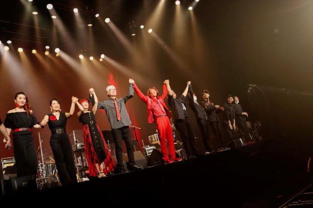 角松敏生 Zepp Tokyoにて還暦ライヴ開催!「夏のアルバムツアーで一緒に回る予定だったメンバーです」