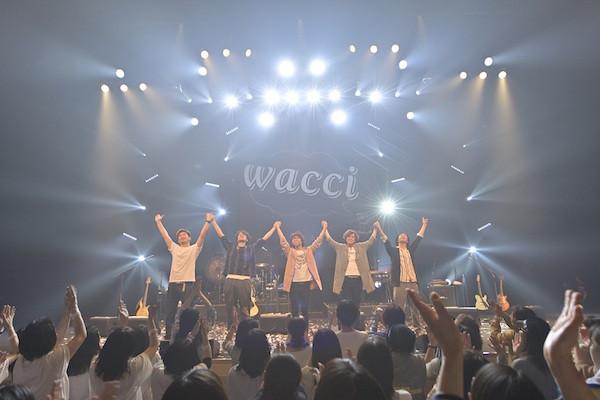 wacci神奈川県民ホールライブ写真7(縮).jpg